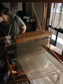 西陣織の機織り機